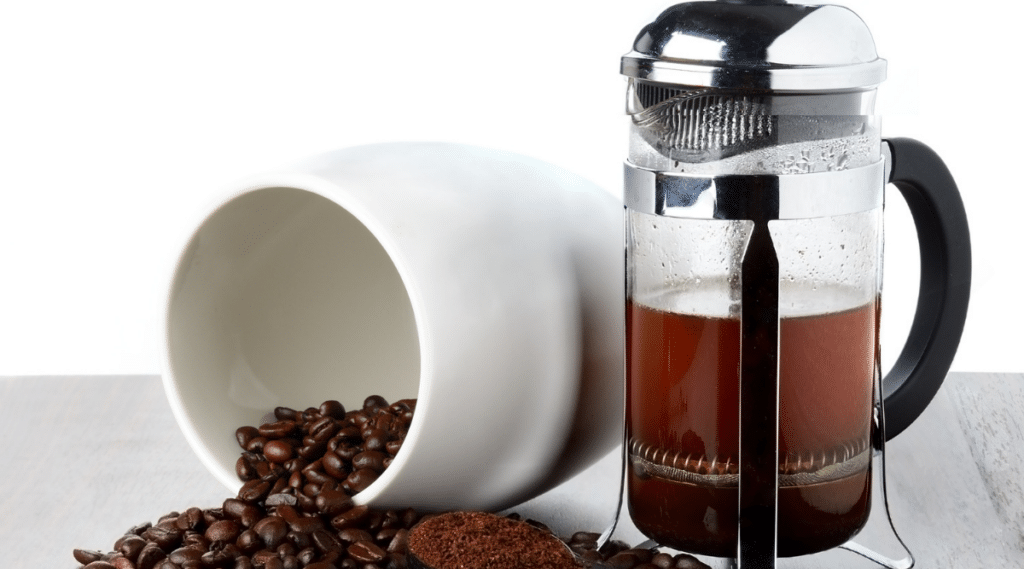 The French Press uses a manual brewing method to create a full-bodied, highly aromatic cup.